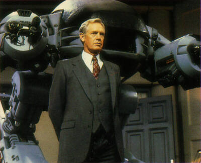 ED209 y Dick Jones
